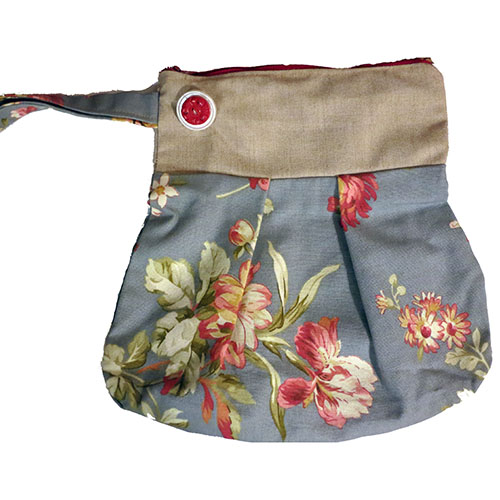 Wristlet Blue and Red Flowers